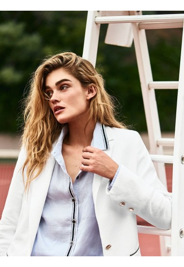 Пиджак белый льняной