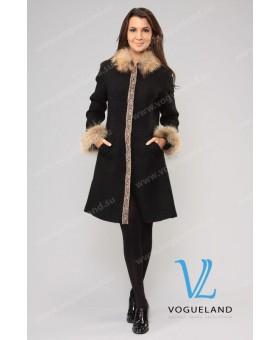 Пальто с мехом лисы