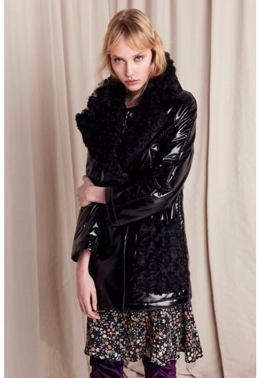 Куртка лаковая с мехом